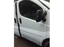 Porta frente direita Renault Trafic 2004